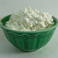 Cottage_cheese_in_bowl